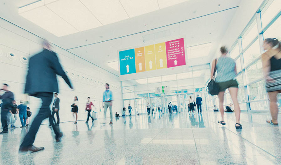 12 tips to maximize your ROI when attending a trade show